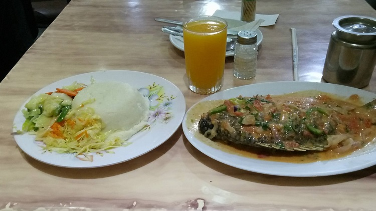 For Sh 550, this fish with coconut stew, is served with a starch serving of your choice, and a juice of choice too.